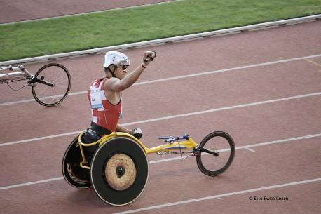 Marcel Hug, gagnant du 1500m fauteuil roulant